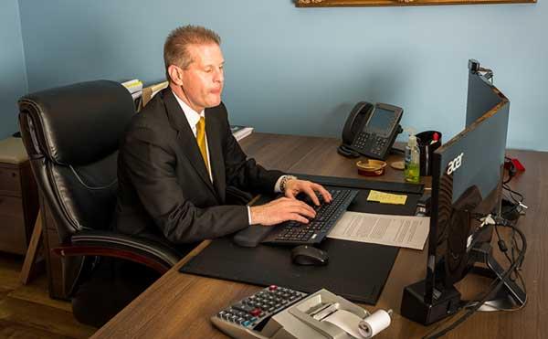 Riverside Attorney Stephen Sweigart
